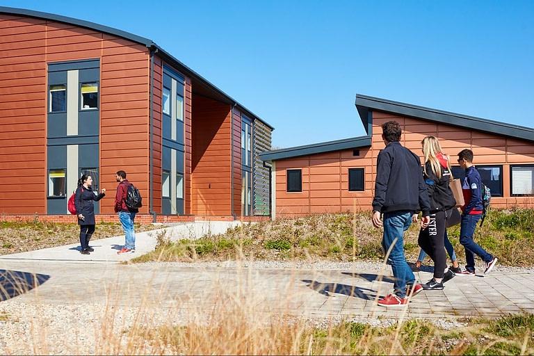 low carbon active buildings